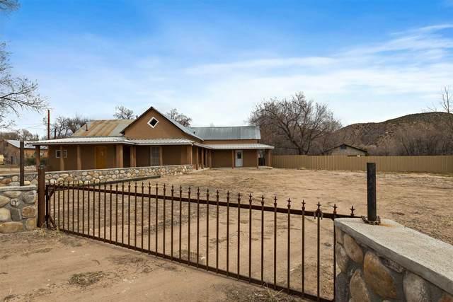 2 Paloma Rd, Chimayo, NM 87522 (MLS #202100948) :: Stephanie Hamilton Real Estate