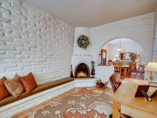 816 Faldas De La Sierra, Santa Fe, NM 87501 (MLS #202100951) :: Stephanie Hamilton Real Estate