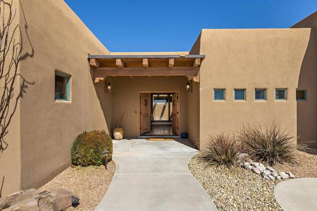 524 Albino St, Corrales, NM 87048 (MLS #202100952) :: Stephanie Hamilton Real Estate
