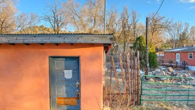 16 Jimenez/Romero, Santa Fe, NM 87506 (MLS #202100986) :: Neil Lyon Group   Sotheby's International Realty