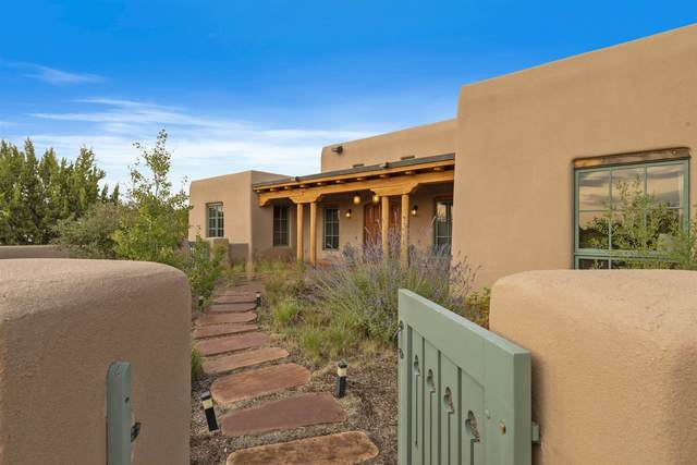 99 Sunflower Drive, Santa Fe, NM 87506 (MLS #202101047) :: Stephanie Hamilton Real Estate