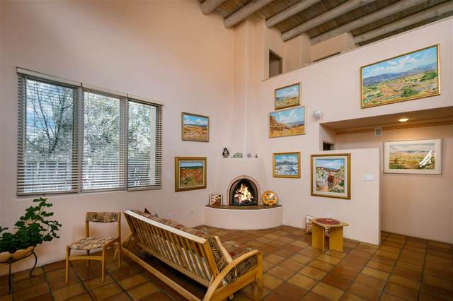 2700 B Herradura, Santa Fe, NM 87505 (MLS #202101054) :: Stephanie Hamilton Real Estate