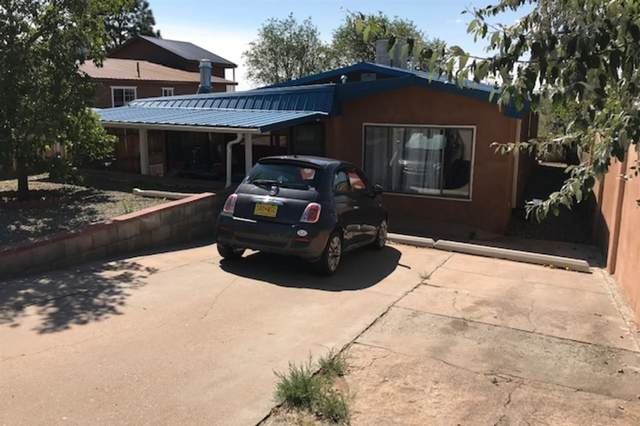2048 Calle Lorca, Santa Fe, NM 87505 (MLS #202101086) :: Summit Group Real Estate Professionals