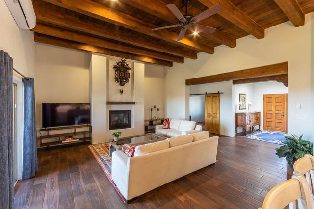 111 Mejor Lado, Santa Fe, NM 87508 (MLS #202101088) :: Neil Lyon Group | Sotheby's International Realty