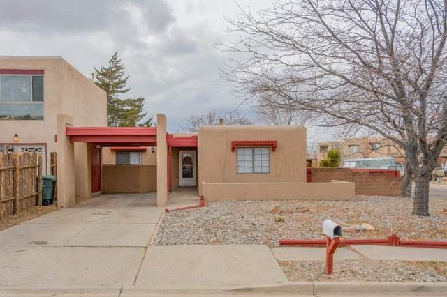 2402 Calle Zaguan, Santa Fe, NM 87505 (MLS #202101101) :: The Very Best of Santa Fe