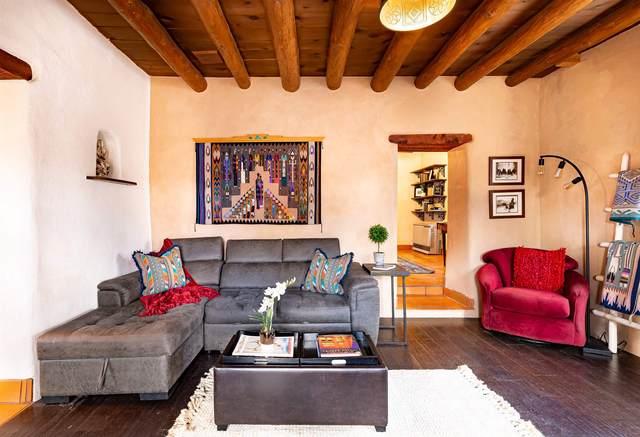 1 Rosanna, Santa Fe, NM 87506 (MLS #202101102) :: Neil Lyon Group   Sotheby's International Realty