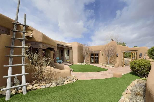 18 Green Meadow Loop, Santa Fe, NM 87506 (MLS #202101126) :: Neil Lyon Group | Sotheby's International Realty