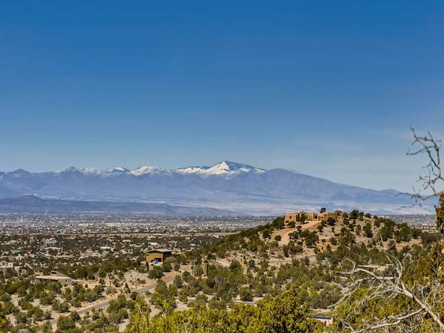 89 Coyote Crossing, Santa Fe, NM 87508 (MLS #202101139) :: Neil Lyon Group | Sotheby's International Realty