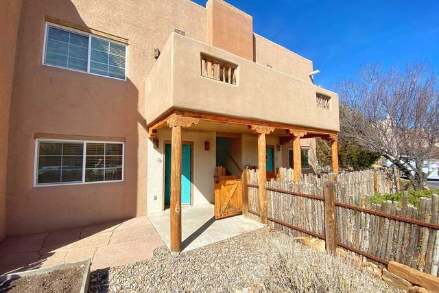 2210 Miguel Chavez Unit 514, Santa Fe, NM 87505 (MLS #202101165) :: Stephanie Hamilton Real Estate