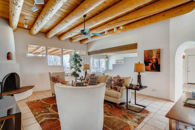 1 Mariano, Santa Fe, NM 87508 (MLS #202101181) :: The Very Best of Santa Fe