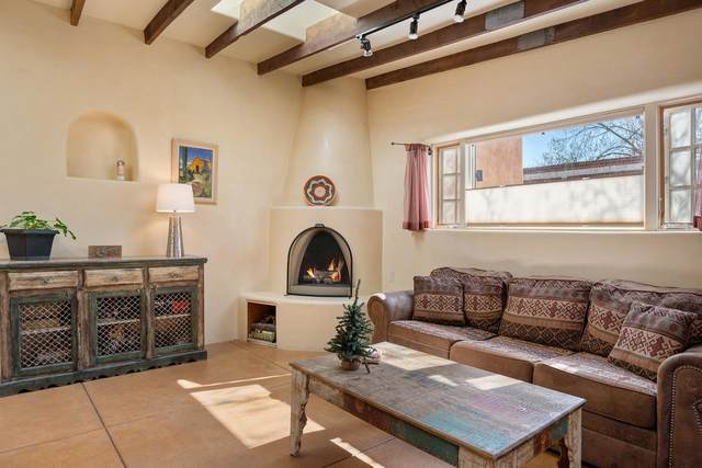 711 Don Cubero Alley Unit 1 Unit 1, Santa Fe, NM 87505 (MLS #202101224) :: Stephanie Hamilton Real Estate