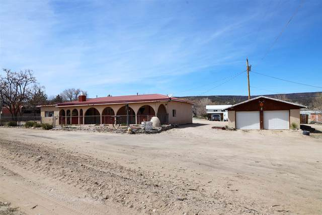34 County Rd 52, Velarde, NM 87582 (MLS #202101226) :: Summit Group Real Estate Professionals