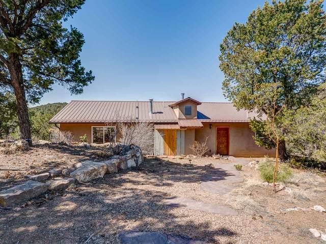 46 Hidden Valley, Santa Fe, NM 87505 (MLS #202101271) :: Stephanie Hamilton Real Estate