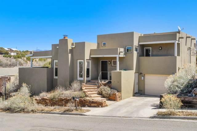 2169 Ridgeview Circle, Santa Fe, NM 87505 (MLS #202101333) :: Stephanie Hamilton Real Estate