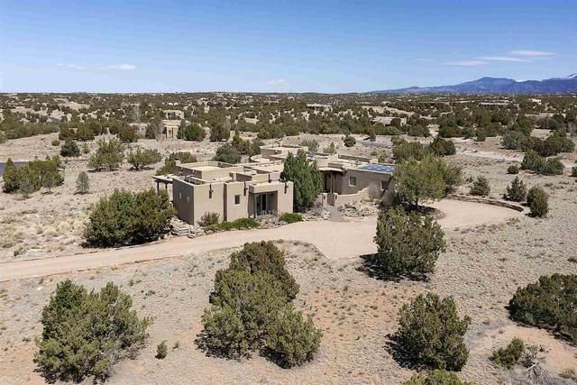 2 Dream Catcher, Santa Fe, NM 87506 (MLS #202101368) :: Summit Group Real Estate Professionals