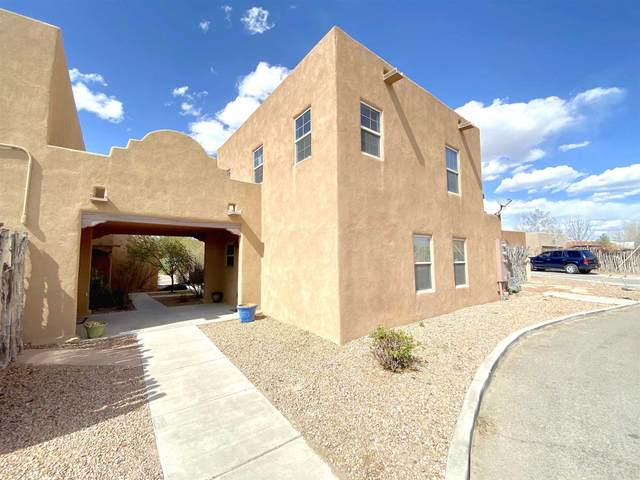 6660 Jaguar, Santa Fe, NM 87507 (MLS #202101371) :: Berkshire Hathaway HomeServices Santa Fe Real Estate