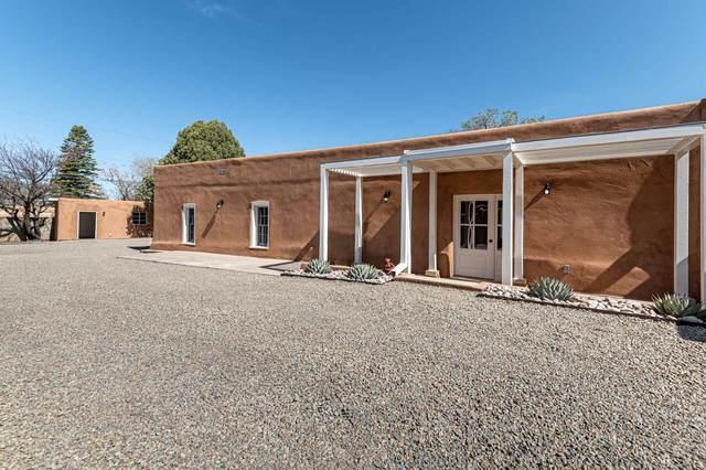 908 Galisteo, Santa Fe, NM 87505 (MLS #202101392) :: The Very Best of Santa Fe