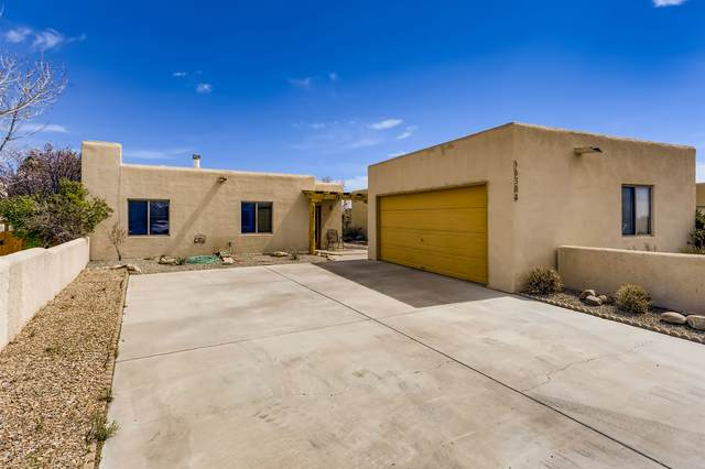 6384 Entrada De Milagro, Santa Fe, NM 87507 (MLS #202101393) :: The Very Best of Santa Fe