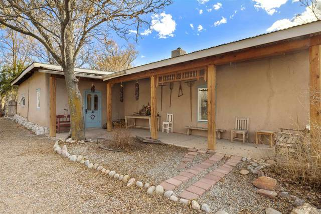 8 Vereda Juanita, La Puebla, NM 87532 (MLS #202101395) :: The Very Best of Santa Fe