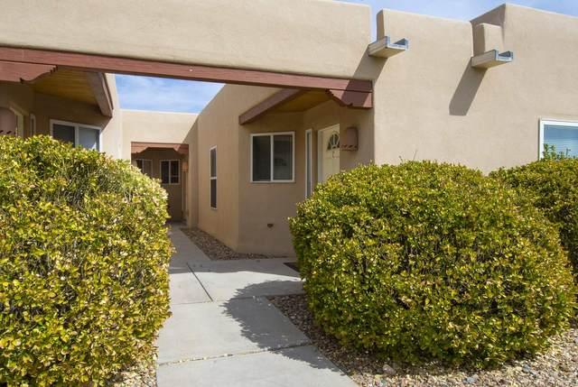 1220 Senda Del Valle Unit C, Santa Fe, NM 87507 (MLS #202101412) :: Neil Lyon Group | Sotheby's International Realty