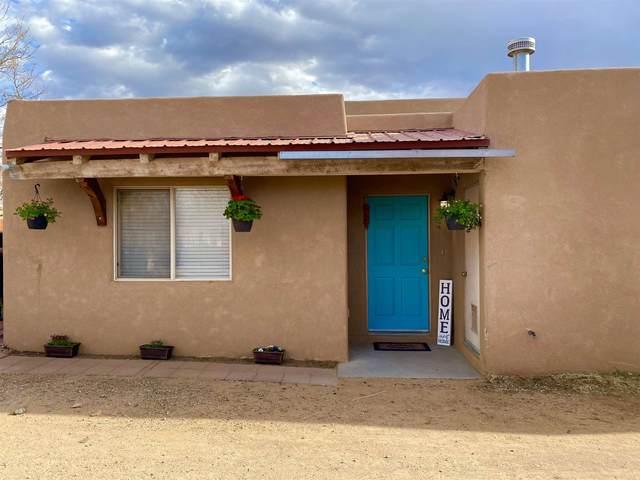 4532 Camino Verde, Santa Fe, NM 87507 (MLS #202101418) :: Neil Lyon Group | Sotheby's International Realty