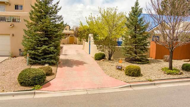4305 Vuelta Dorado, Santa Fe, NM 87507 (MLS #202101429) :: Stephanie Hamilton Real Estate