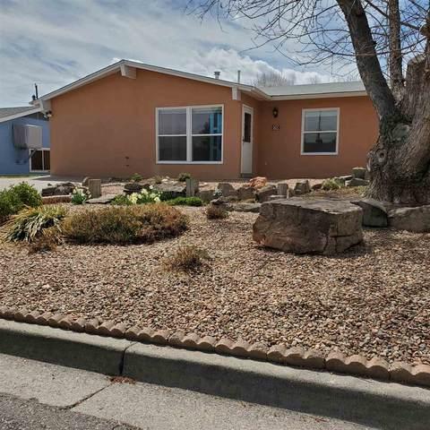 79 Granada Dr, Los Alamos, NM 87544 (MLS #202101451) :: The Very Best of Santa Fe
