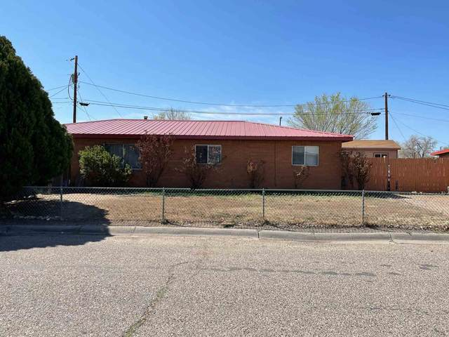 506 E Winesap Drive, Espanola, NM 87532 (MLS #202101460) :: The Very Best of Santa Fe