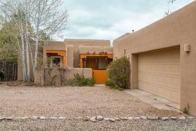 517 E Coronado, Santa Fe, NM 87505 (MLS #202101468) :: The Very Best of Santa Fe