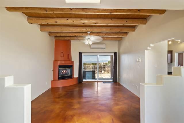 9 Juego Road, Santa Fe, NM 87508 (MLS #202101515) :: Neil Lyon Group | Sotheby's International Realty