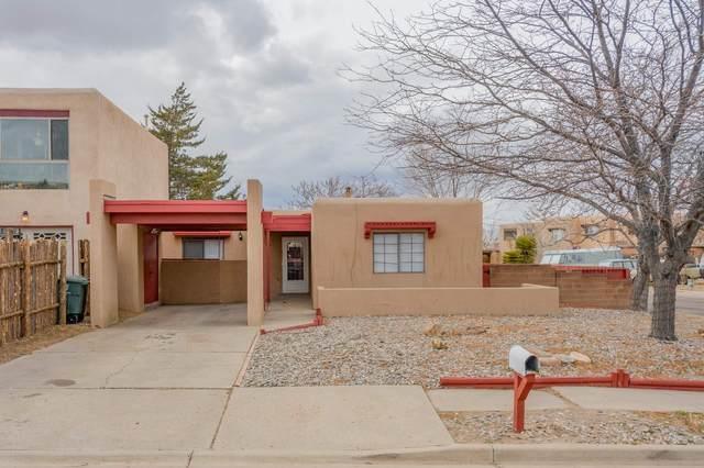 2402 Calle Zaguan, Santa Fe, NM 87505 (MLS #202101534) :: Neil Lyon Group | Sotheby's International Realty