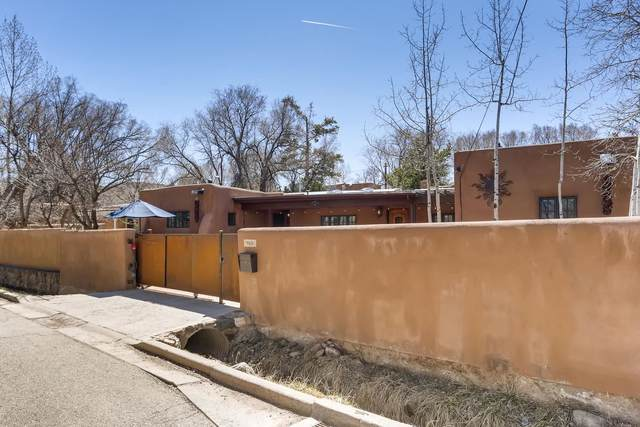960 Acequia Madre, Santa Fe, NM 87505 (MLS #202101556) :: Neil Lyon Group | Sotheby's International Realty
