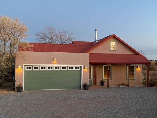 11 Altura Rd, Santa Fe, NM 87508 (MLS #202101581) :: Stephanie Hamilton Real Estate