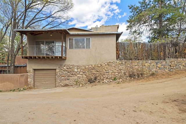 1202 Cerro Gordo Rd, Santa Fe, NM 87501 (MLS #202101582) :: Summit Group Real Estate Professionals