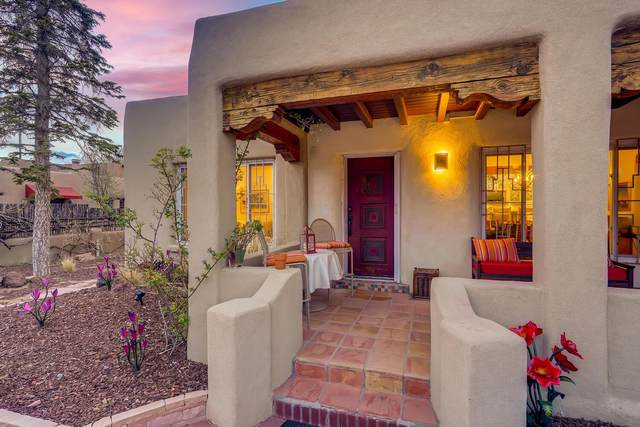 507 & 509 E Coronado, Santa Fe, NM 87505 (MLS #202101599) :: Summit Group Real Estate Professionals