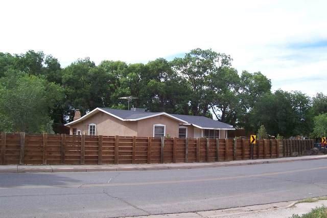 1501 Camino Sierra Vista, Santa Fe, NM 87505 (MLS #202101634) :: Neil Lyon Group | Sotheby's International Realty