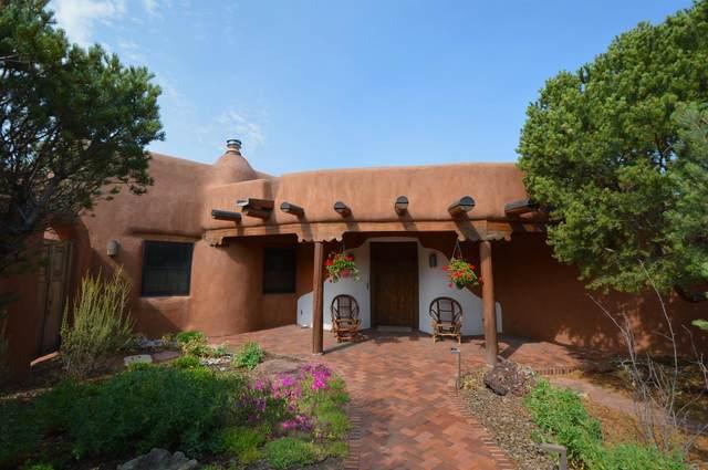 3730 Old Santa Fe Trail, Santa Fe, NM 87505 (MLS #202101693) :: Summit Group Real Estate Professionals