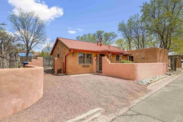 209 Ambrosio, Santa Fe, NM 87501 (MLS #202101697) :: Neil Lyon Group | Sotheby's International Realty