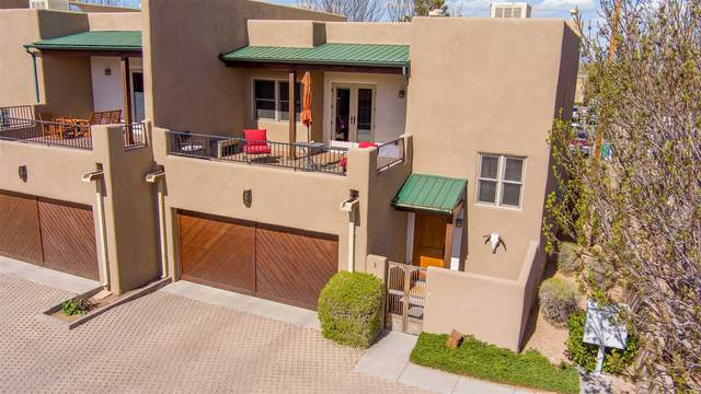 300 Camino De Los Marquez #5, Santa Fe, NM 87505 (MLS #202101719) :: Berkshire Hathaway HomeServices Santa Fe Real Estate