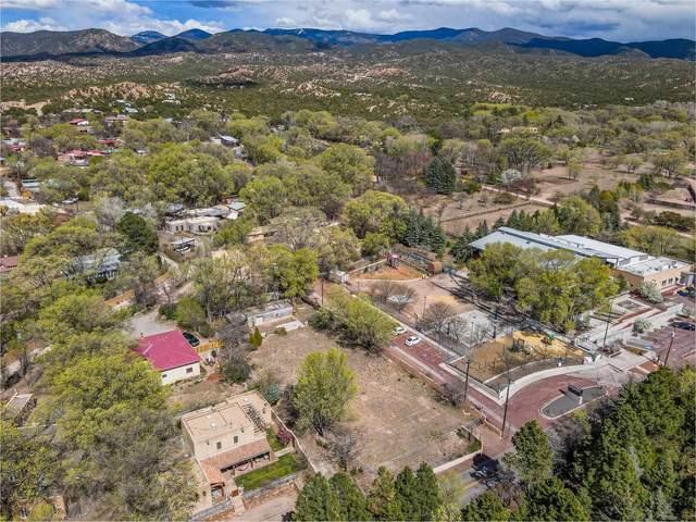1559 Bishops Lodge Rd, Tesuque, NM 87506 (MLS #202101764) :: Stephanie Hamilton Real Estate
