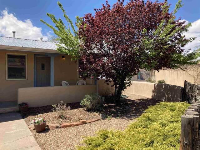830 Gilmore, Santa Fe, NM 87505 (MLS #202101777) :: Summit Group Real Estate Professionals