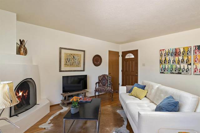 845 Rio Vista, Santa Fe, NM 87501 (MLS #202101791) :: The Very Best of Santa Fe