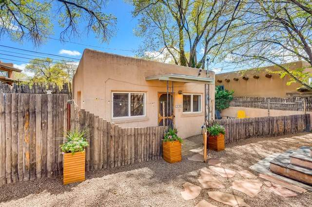 142 1/2 W Berger, Santa Fe, NM 87505 (MLS #202101813) :: Berkshire Hathaway HomeServices Santa Fe Real Estate