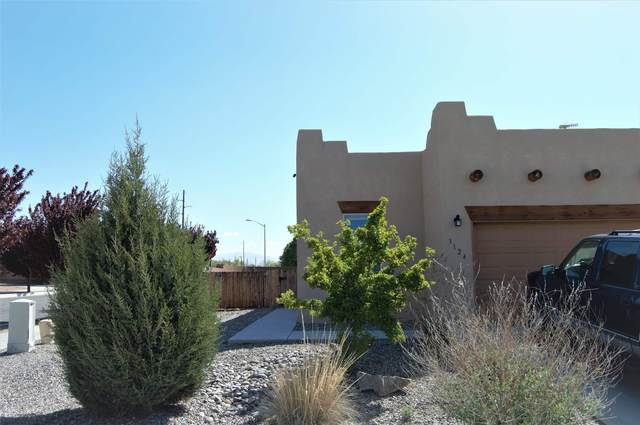 3124 Floras Del Sol, Santa Fe, NM 87507 (MLS #202101831) :: Summit Group Real Estate Professionals