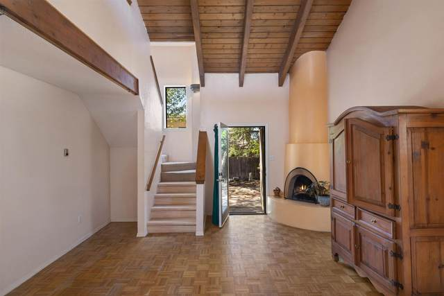 1462 Avenida De Las Americas, Santa Fe, NM 87507 (MLS #202101834) :: Summit Group Real Estate Professionals