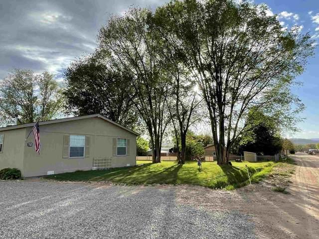 21 Theresa Lane Private Dr 1138, Espanola, NM 87532 (MLS #202101889) :: Berkshire Hathaway HomeServices Santa Fe Real Estate