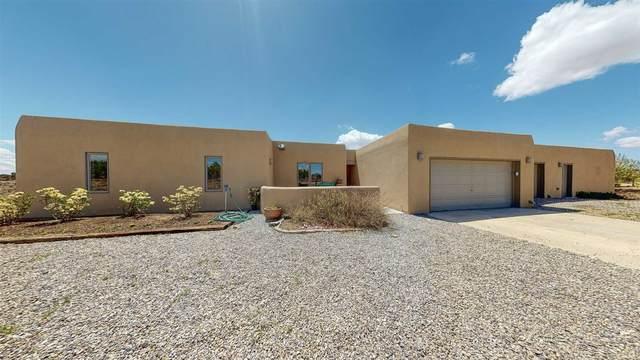 17 Juego Road, Santa Fe, NM 87508 (MLS #202101920) :: Stephanie Hamilton Real Estate