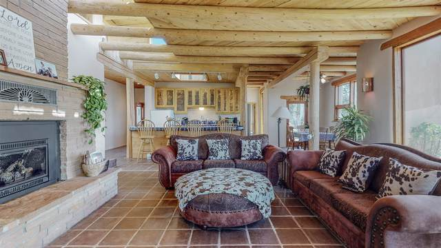 70 Apache Ridge Road, Santa Fe, NM 87505 (MLS #202101922) :: Stephanie Hamilton Real Estate