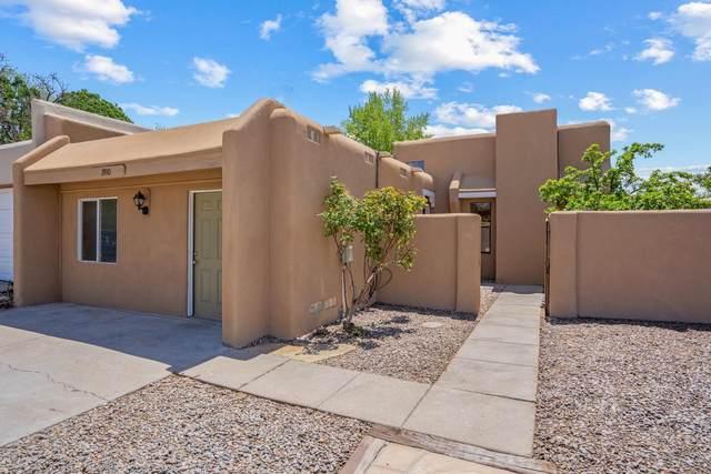 1910 Camino Lumbre, Santa Fe, NM 87505 (MLS #202101946) :: Summit Group Real Estate Professionals