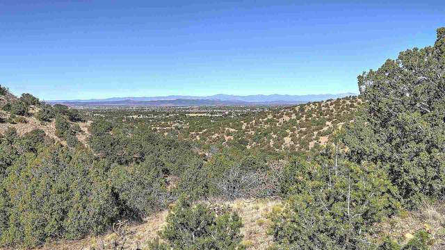 35 La Ventana, Lot 22, Santa Fe, NM 87508 (MLS #202101949) :: Stephanie Hamilton Real Estate